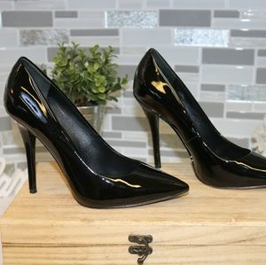 Brian Atwood black pointed heels
